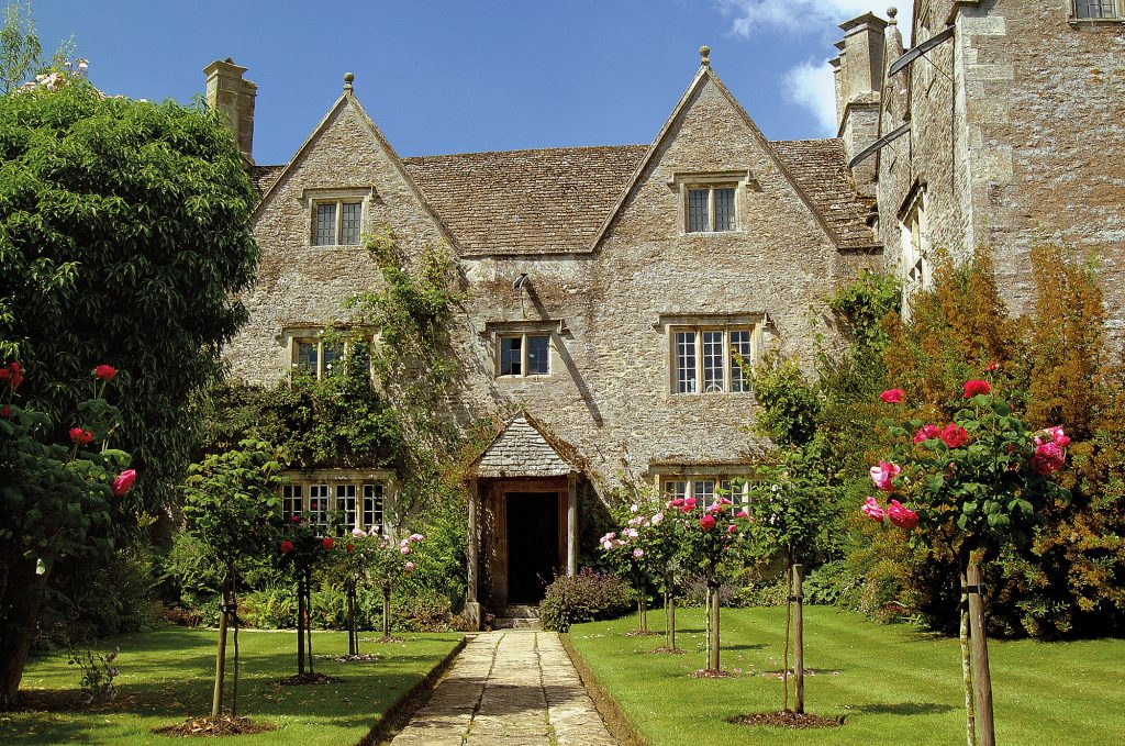 Exterior view of Kelmscott Manor