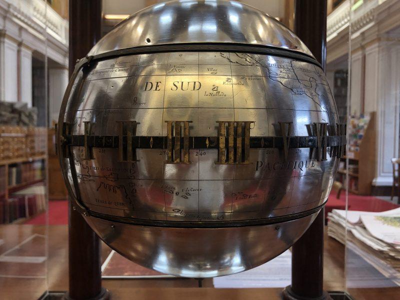 Image of Falling Ball Clock